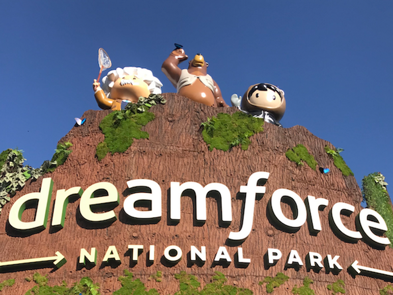 Dreamforce Day 2: Leading in 'the new era'